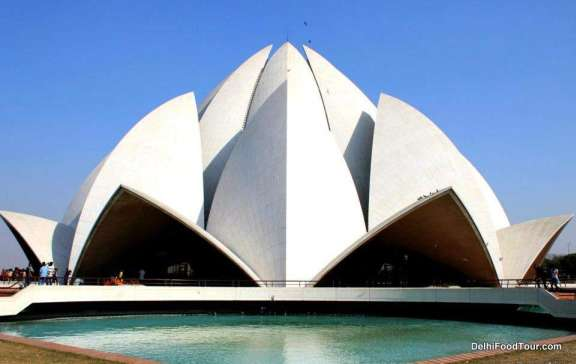 Lotus Temple, New Delhi travel packages