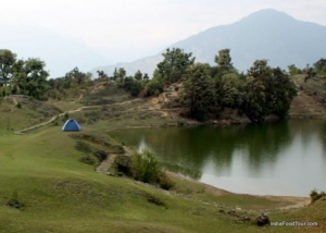 Deoaria Taal Camping in Uttrakhand