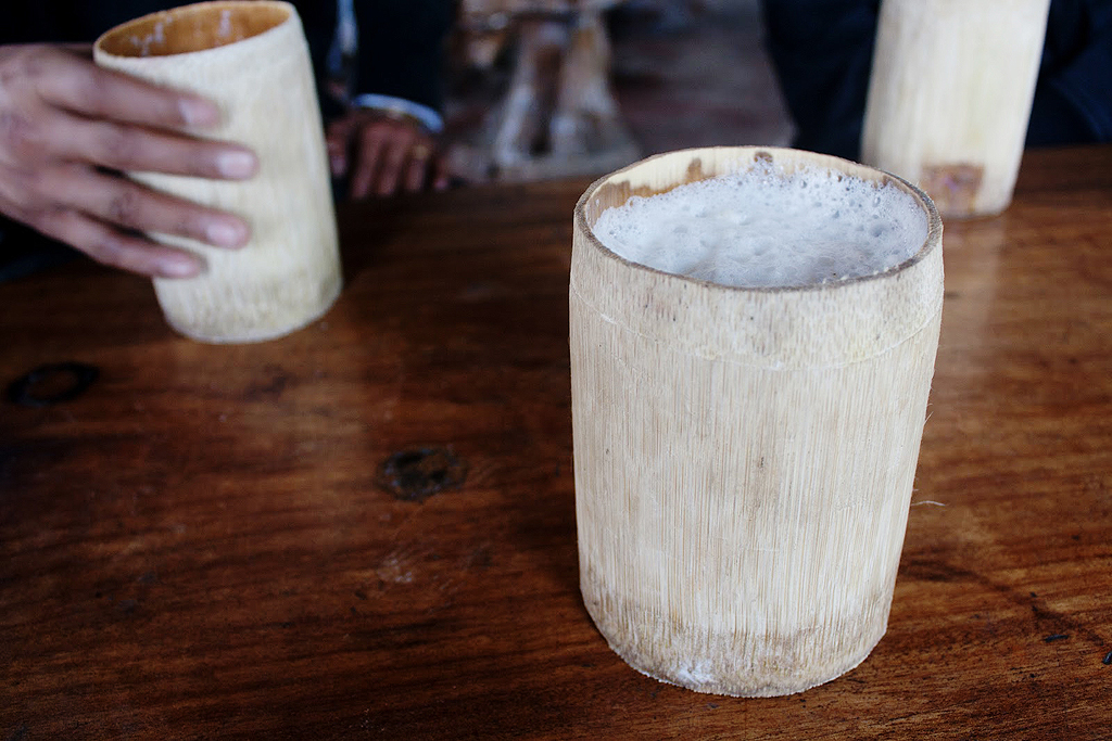 Apong is a type of rice beer, which is traditionally prepared by tribes of Arunachal Pradesh.India. Apong is prepared by fermenting rice. The two types are Nogi Apong and Poro Apong.The two apongs differ in their taste and colour.