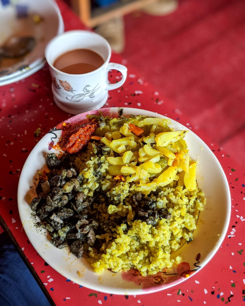 Dohjem is a khasi delicacy is a favourite of many. Enjoy with regular rice or add it to the putharo this dish is finger licking good no doubt. Prepared by cutting pork into small chunks one cannot resist the temptation of this exotic dish .