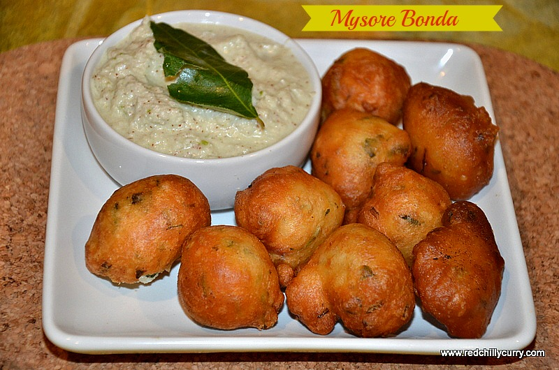Mysore Bonda is a very popular South Indian snack recipe which requires only a few simple ingredients. This mouth-watering snack is prepared with rice flour, baking soda, onion, all purpose flour, yoghurt, cumin. These are served with coconut chutney.