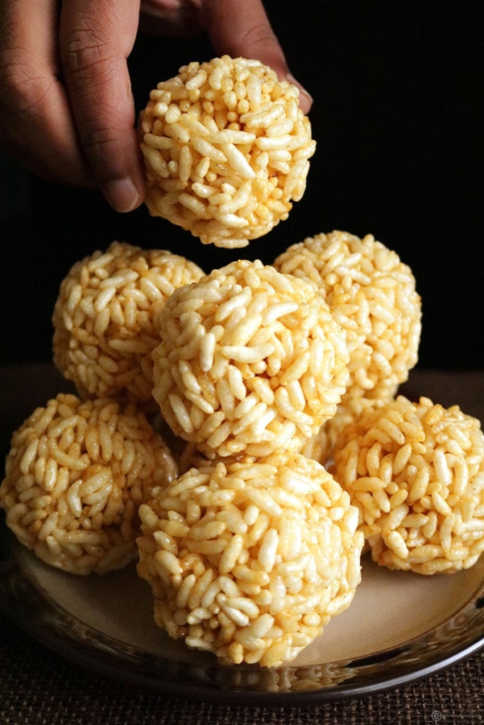 Pori urundai is a traditional Indian sweet generally made from puff rice balls and jaggery.The preparation consists of first preparing the hot jaggery syrup with a minimum of water and adding it to puffed rice.Then ,they are moulded into spherical shape balls.